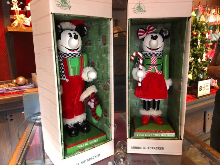 Christmas Minnie Mouse Disneyland.Photos New Pun Tastic Mickey And Minnie Mouse Christmas